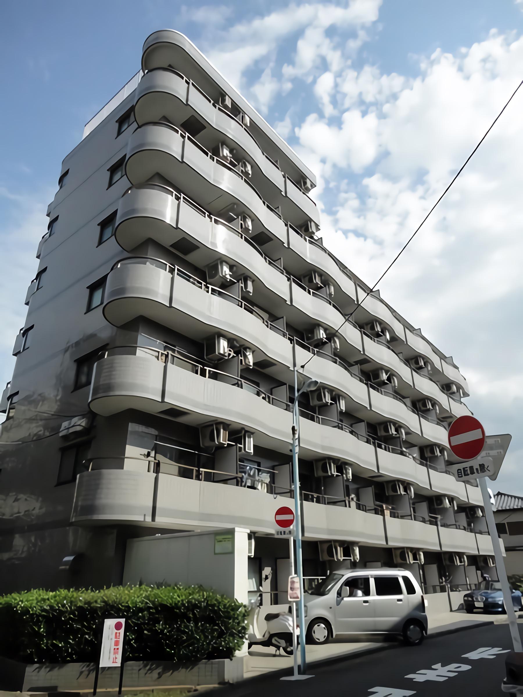 와코레 하치만야마 106호